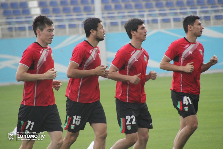 FC Lokomotiv Toshkent - 888