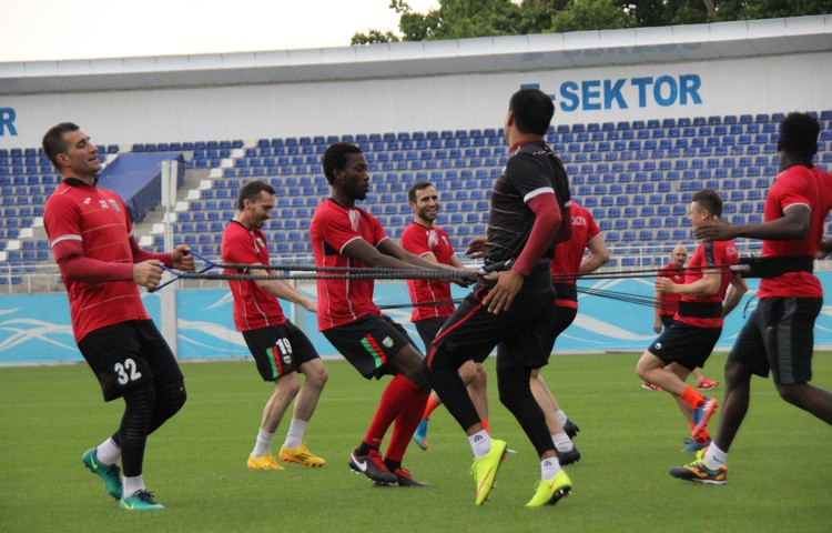 Mohamed Kone FC Lokomotiv Tashkent Uzbekistan _ Training _ zakhir