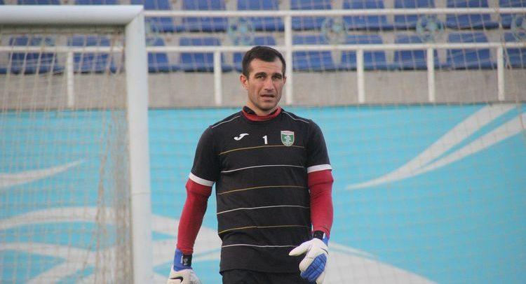 Ignatiy Nesterov Goalkeeper FC Lokomotiv UZB 1