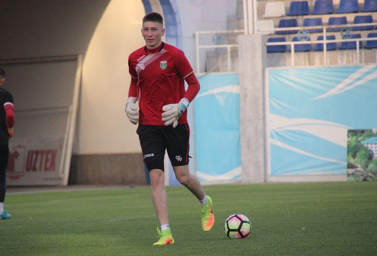 Rustam Nartadjiev FC Lokomotiv UZB