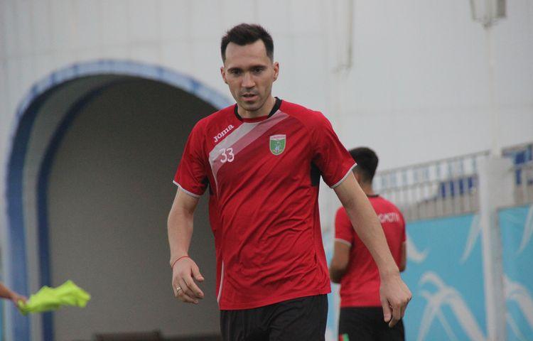 Oleg  Zoteev PFC Lokomotiv UZB