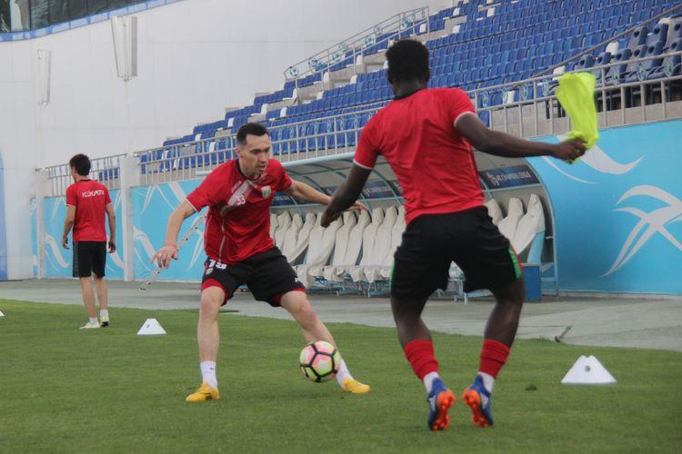 FC Lokomotiv Tashkent TRAINING 74837483794