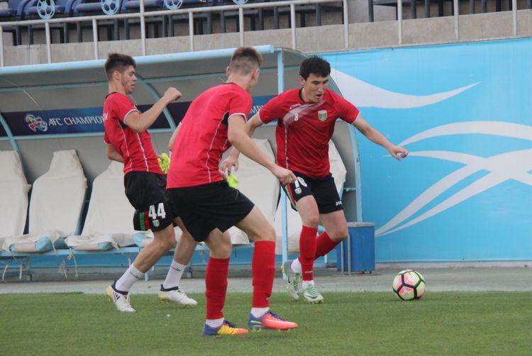 FK Lokomotiv FC Tashkent TRAINING SESSION