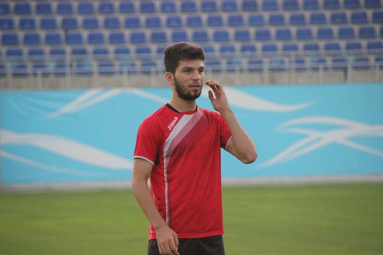 Masharipov Jaloliddin FK Lokomotiv Tashkent UZBEK 99