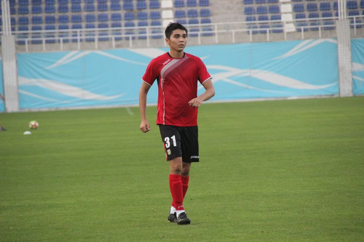 Bobir Davlatov FC Lokomotiv Tashkent Uzbek