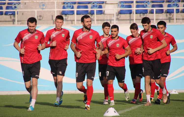 FC Lokomotiv Uzbekistan - training -34334343