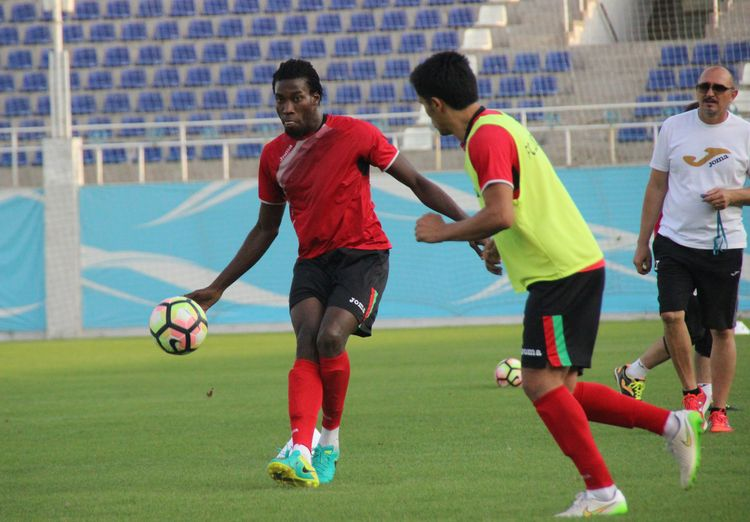 Mohamed Kone Lokomotiv UZB