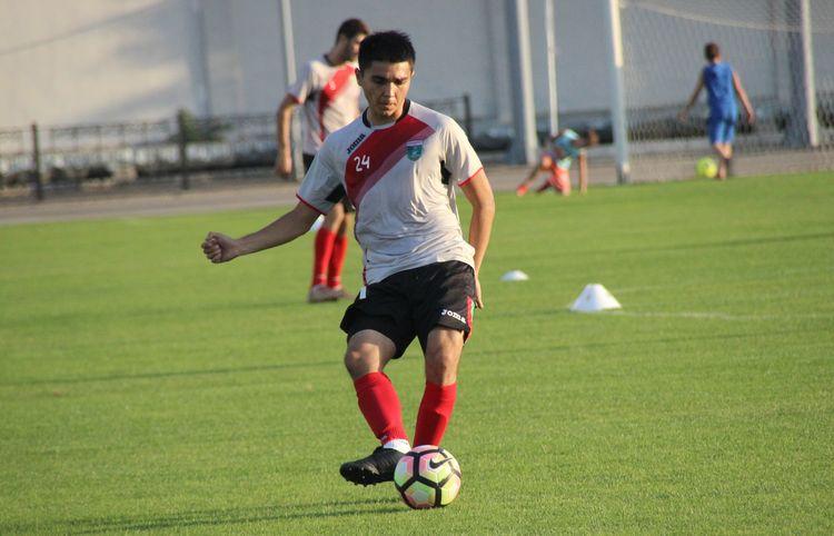 Bobir Davlatov - FC Lokomotiv Tashkent