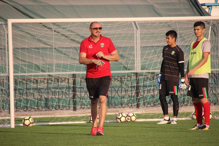 Mirko Jelicic trainer Lokomotiv FK