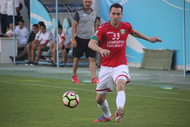 Oleg Zoteev FC Lokomotiv Tashkent - 33