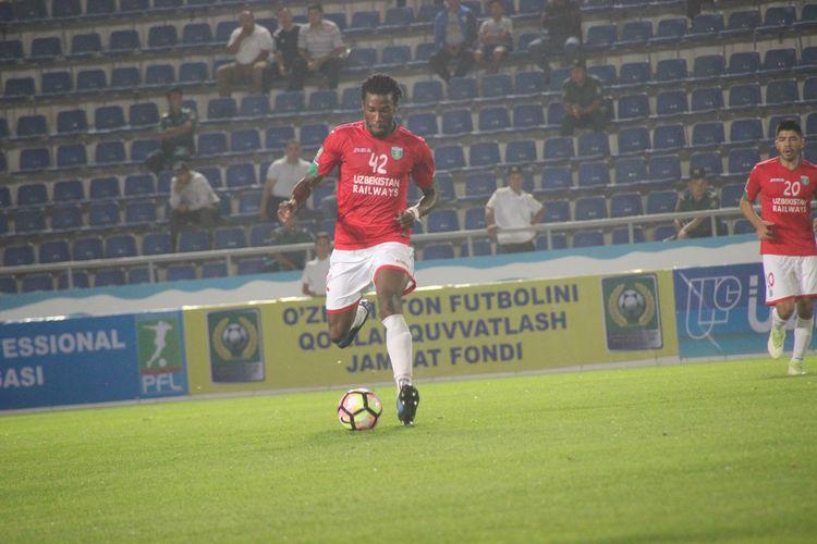 Mohamed Gnontcha Kone defender Nr 42 --