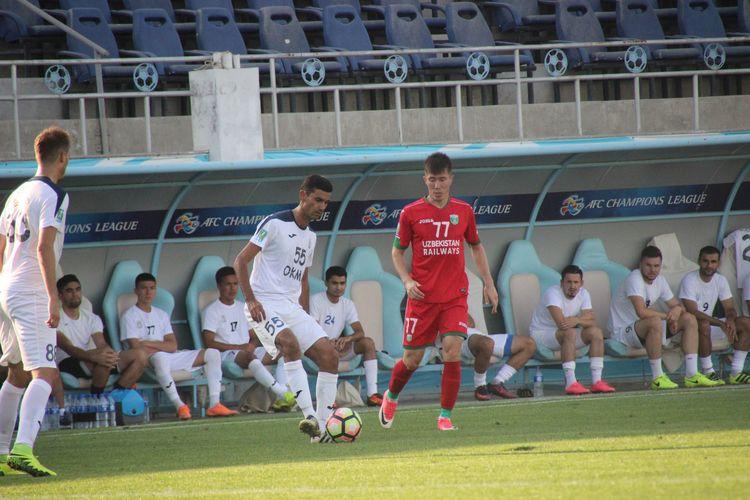 Diyor Turapov FC Lokomotiv Tashkent UZB 77