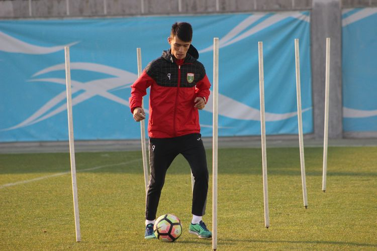 Ikrom Alibaev Lokomotiv Tashkent fc